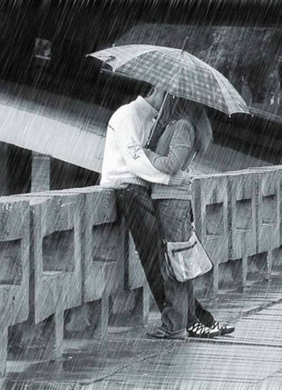 Download kissing in rain propose day wallpapers for your mobile download kissing in rain wallpaper for mobile cell phone altavistaventures Image collections