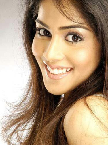 Download Genelia D Souza Cool Actor Images For Your Mobile Cell Phone