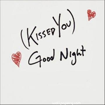 Kissed you good night wallpaper for girlfriend and boyfriend