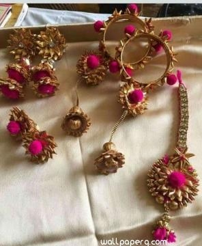 Floral jewellery for bride for hena s night