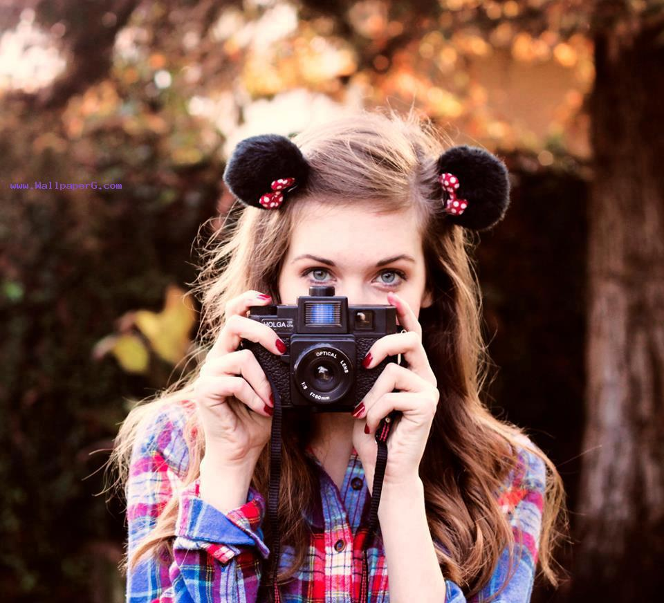 Girl with camera ,wide,wallpapers,images,pictute,photos