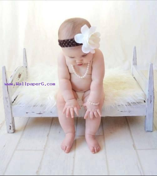 Thinking baby ,wide,wallpapers,images,pictute,photos