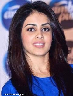 Genelia dusoza cute wallpaper ,wide,wallpapers,images,pictute,photos