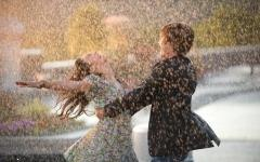 Rainy season couple are enjoying ,wide,wallpapers,images,pictute,photos