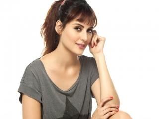 Mandana karimi cute image ,wide,wallpapers,images,pictute,photos