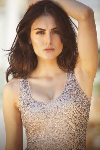 Mandana karimi pic ,wide,wallpapers,images,pictute,photos