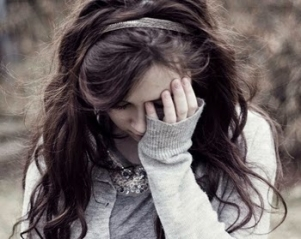 Alone sad cute girl dp