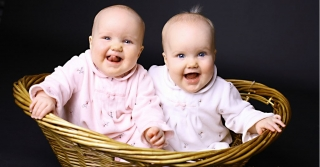 Twin beautiful baby picture ,wallpapers,images,