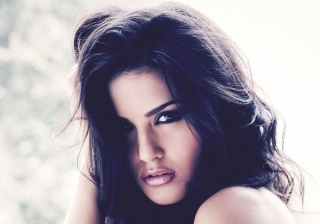 Sunny leone hair style ,wallpapers,images,