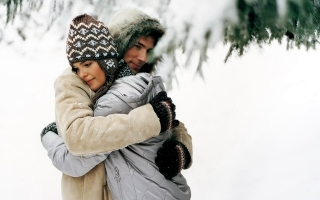 Winter snow love couple h