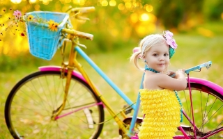 Cuttest picture of baby girl for laptop ,wallpapers,images,