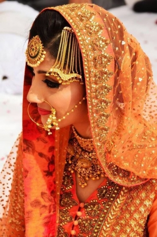Gorgeous wedding bride fo