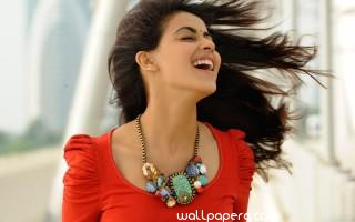 Genelia hd wallpaper for mobile & laptop