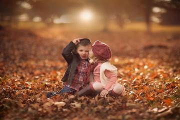 Cute boy and girl in love hd wallpaper