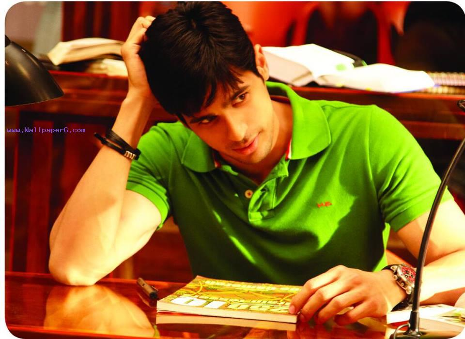 Siddharth malhotra 14 ,wide,wallpapers,images,pictute,photos