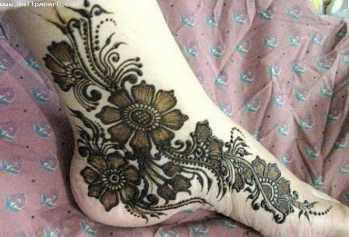 Mehendi designs for feet
