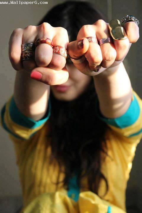 Rocking girl 1
