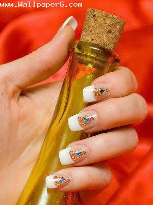 Nail art on white nails ,wallpapers,images,