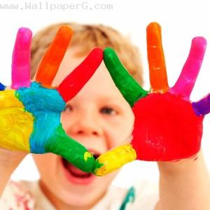 Holi make your children happy