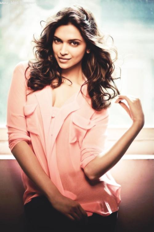 Deepika padukone stylish look