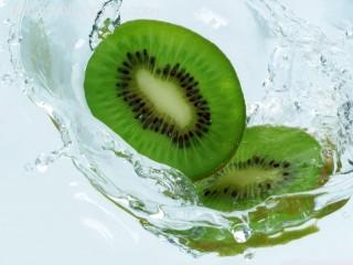 Fresh kiwi wallpaper
