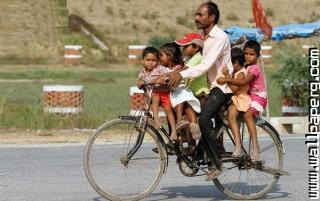 How to ride a bicycle with family