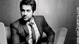 Ayushman khurana ,wide,wallpapers,images,pictute,photos