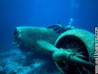 Sunken plane, aruba ,wide,wallpapers,images,pictute,photos