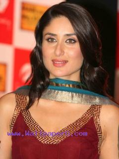 Kareena kapoor 38 ,wide,wallpapers,images,pictute,photos