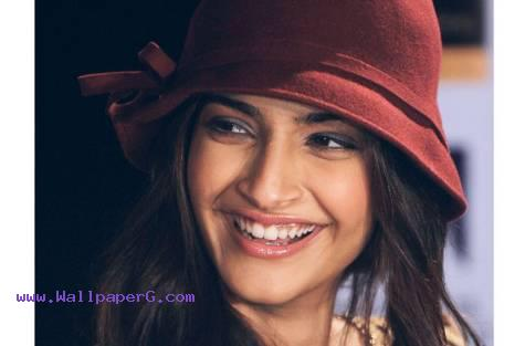 Sonam kapoor ,wide,wallpapers,images,pictute,photos
