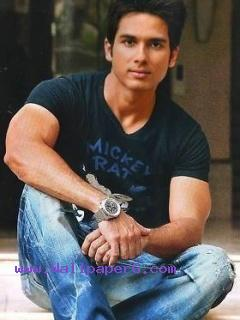 Shahid kapoor real life ,wide,wallpapers,images,pictute,photos