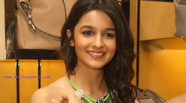 Alia bhatt 04 ,wide,wallpapers,images,pictute,photos