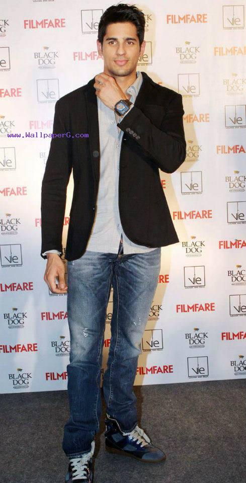 Siddharth malhotra 10 ,wide,wallpapers,images,pictute,photos