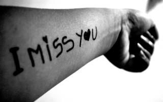 I miss you on hand