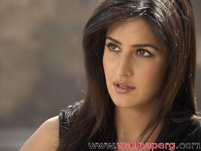 Katrina hotty pose