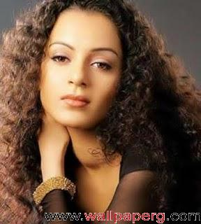 Kangna ranaut emo pose ,wide,wallpapers,images,pictute,photos