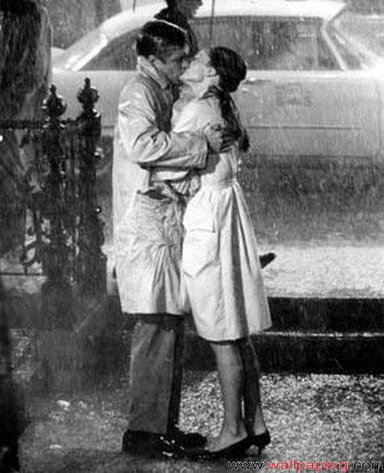 Kissing in rain 3