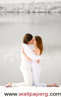 Kissing in snow 1 ,wide,wallpapers,images,pictute,photos