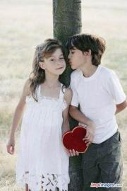 Sweet child couple