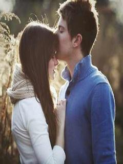 Download Forehead Kiss Of Love Wallpaper For Mobile Cell Phone