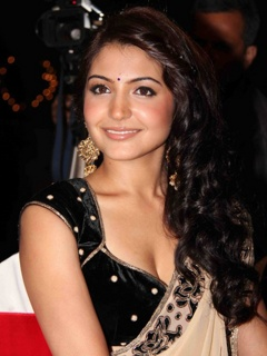 Party anushka sharma