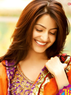 Shy anushka sharma ,wide,wallpapers,images,pictute,photos