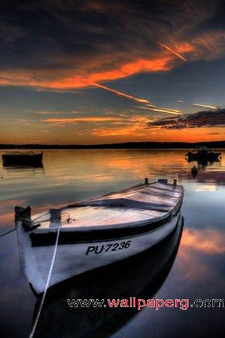 Small boat ,wide,wallpapers,images,pictute,photos