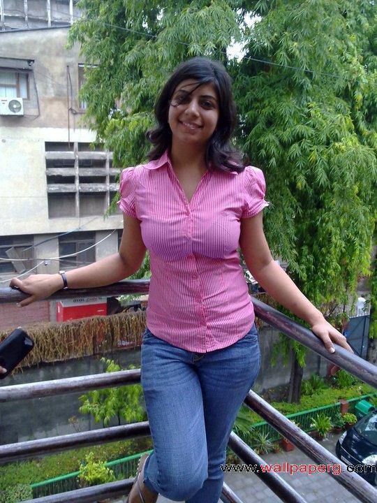 Desi pink girl ,wide,wallpapers,images,pictute,photos