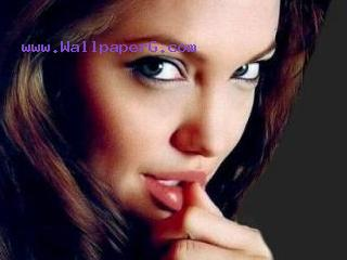 Angelina celebritie jolie 320x240