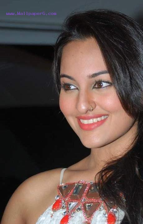Sonakshi sinha 07 ,wide,wallpapers,images,pictute,photos
