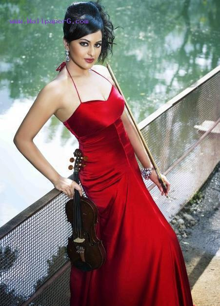 Sonakshi sinha in red