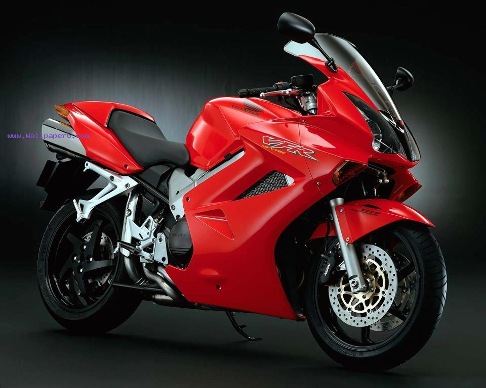 Honda suzuki. suzuki v storm 2012 ,wide,wallpapers,images,pictute,photos