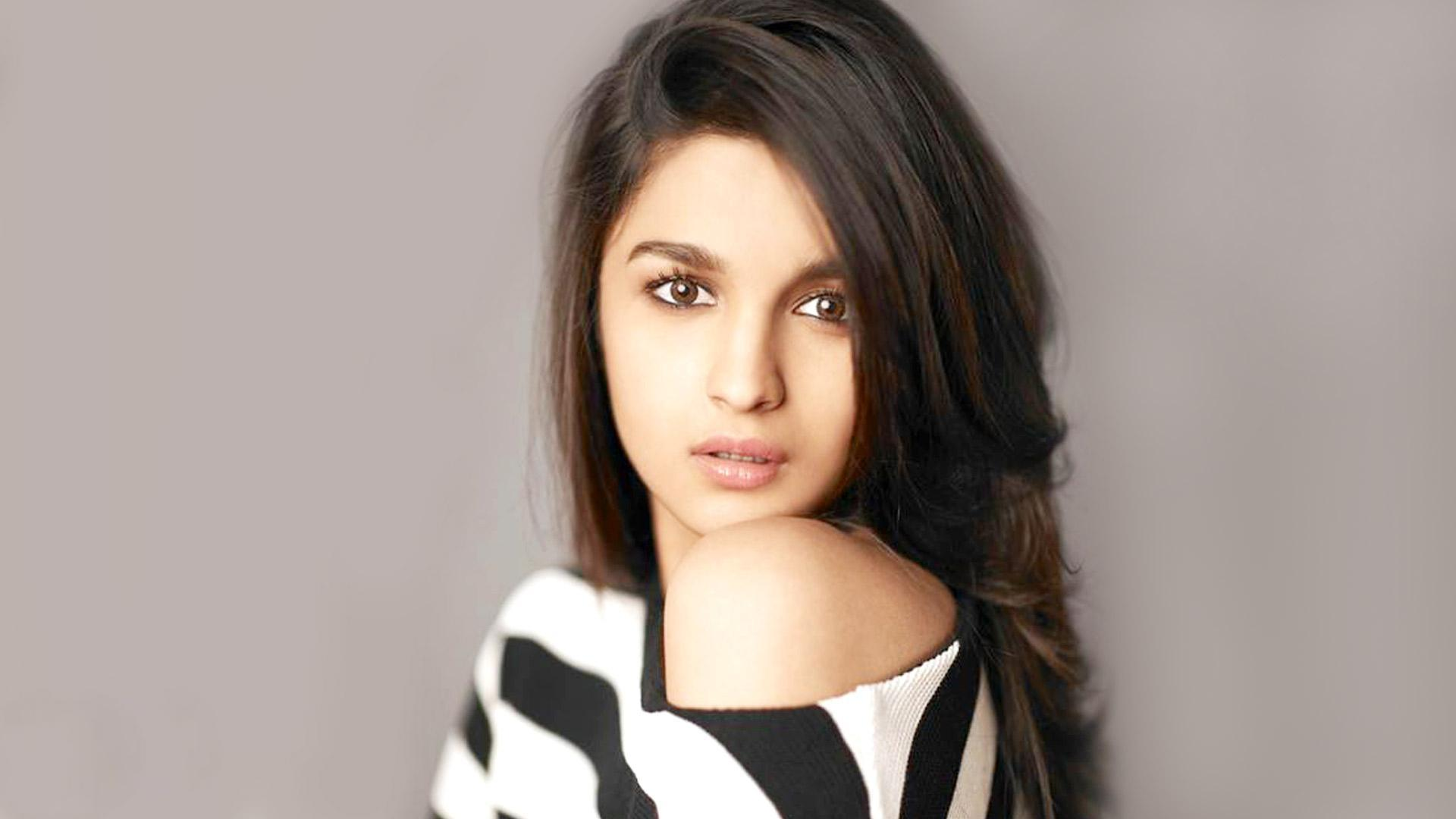 download alia bhatt sensuous - cool actress images for your mobile